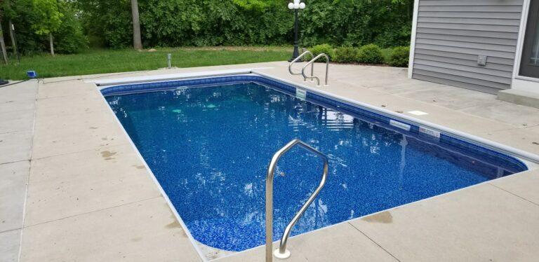 Vinyl Liner Pool Installation in Layfette Indiana